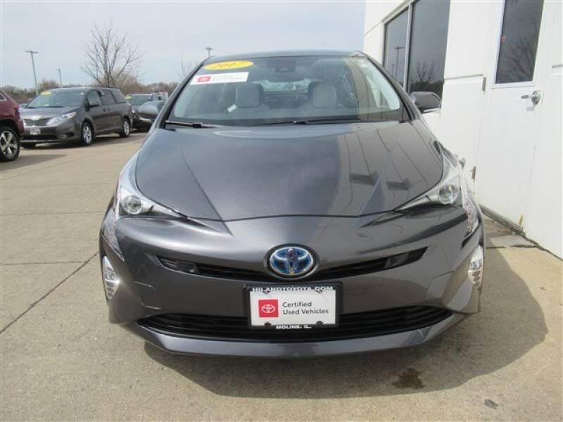 2017 Toyota Prius Four (image 31)