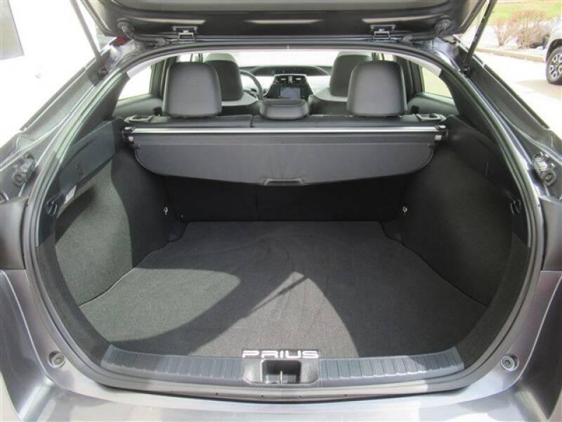 2017 Toyota Prius Four (image 27)