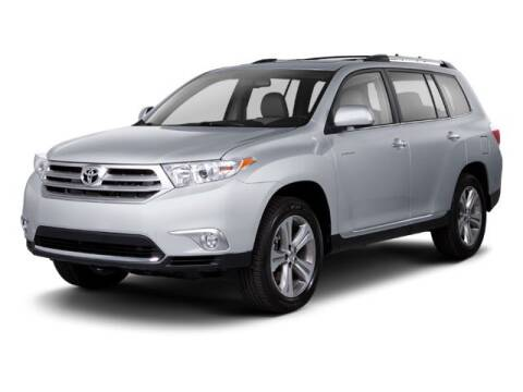 2013 Toyota Highlander Limited for sale at HILAND TOYOTA in Moline IL