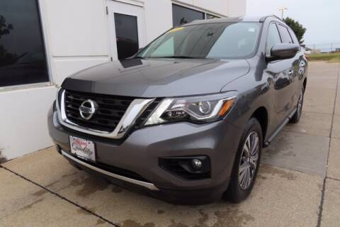 2019 Nissan Pathfinder for sale at HILAND TOYOTA in Moline IL
