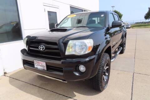 2006 Toyota Tacoma for sale at HILAND TOYOTA in Moline IL