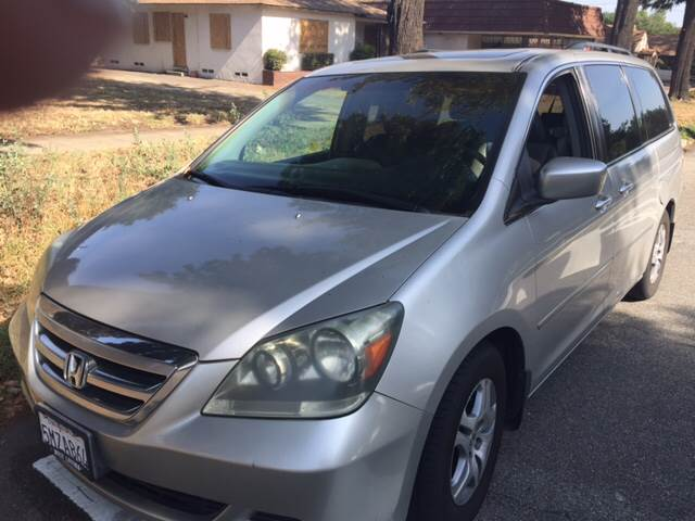 2005 Honda Odyssey 4dr EX-L Mini-Van w/Leather - Upland CA