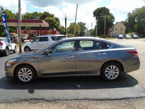 2015 Nissan Altima for sale at Nelson Auto Sales in Toulon IL
