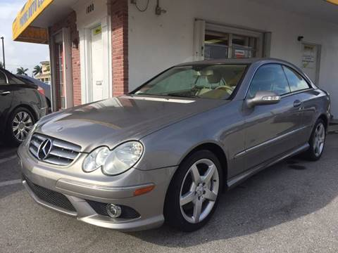 2009 Mercedes-Benz CLK for sale at PRIME AUTO CENTER in Palm Springs FL