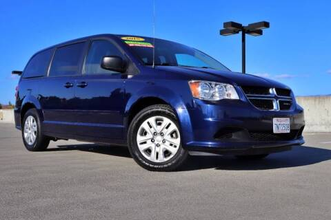 2015 Dodge Grand Caravan for sale at La Familia Auto Sales in San Jose CA