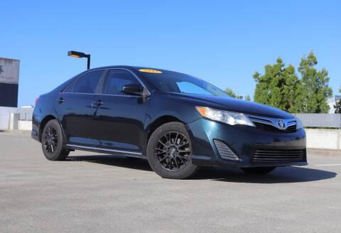 2013 Toyota Camry for sale at La Familia Auto Sales in San Jose CA