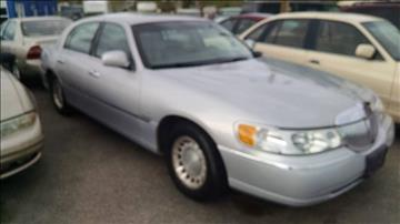 2001 Lincoln Town Car for sale at AFFORDABLY PRICED CARS LLC in Mountain Home ID
