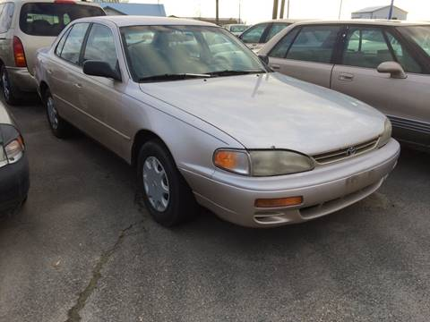 1996 Toyota Camry for sale at AFFORDABLY PRICED CARS LLC in Mountain Home ID