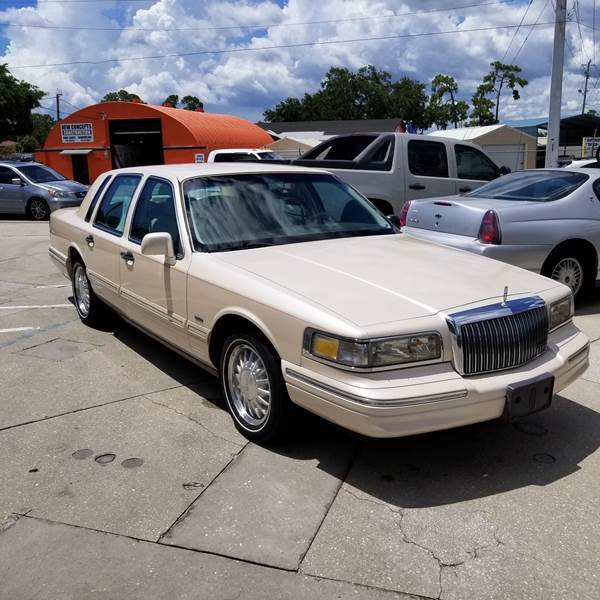 1996 Lincoln Town Car Cartier 4dr Sedan In Sarasota Fl Steve S