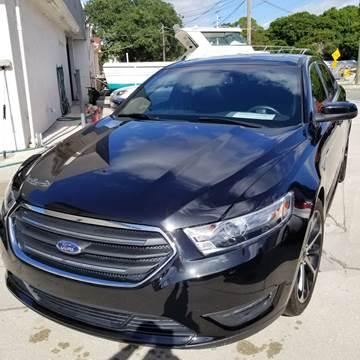 2015 Ford Taurus for sale in Sarasota, FL