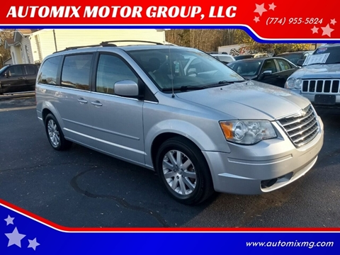 2008 Chrysler Town and Country for sale in Swansea, MA