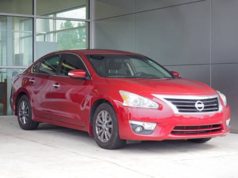 2015 Nissan Altima 2.5 SV for sale at Champion Ford in Rockingham NC