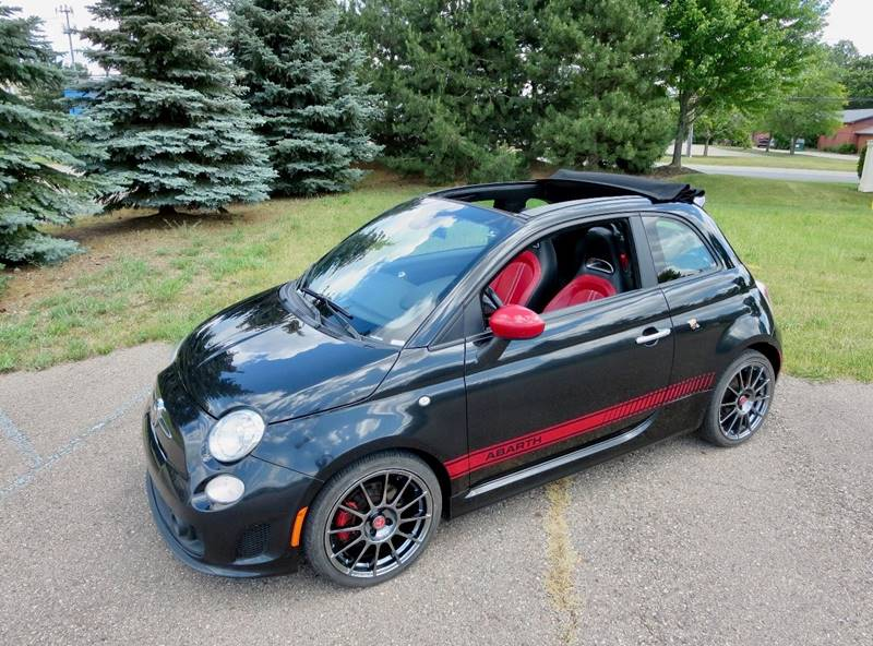 2013 FIAT 500c Abarth 2dr Convertible - Waterford MI