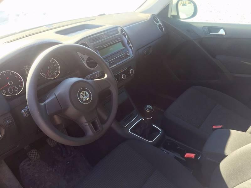 2012 Volkswagen Tiguan S 4dr SUV 6M - Waterford MI