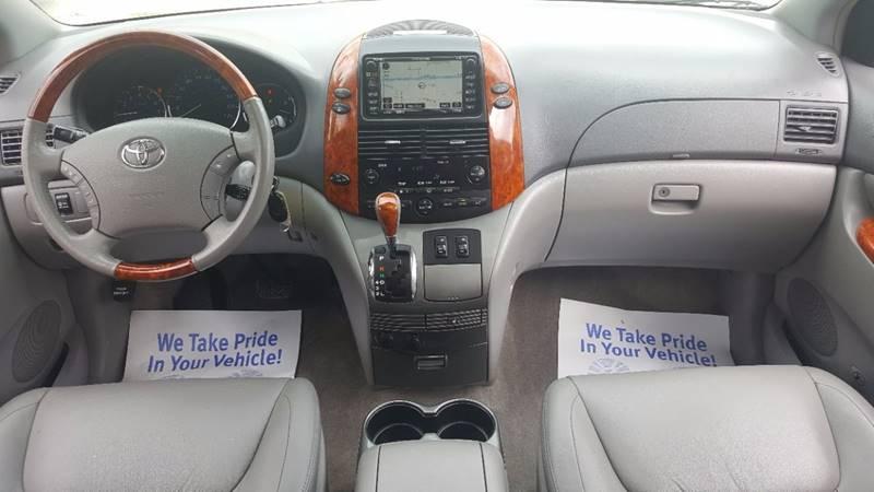 2009 Toyota Sienna AWD Limited 7 Passenger 4dr Mini Van In Villa