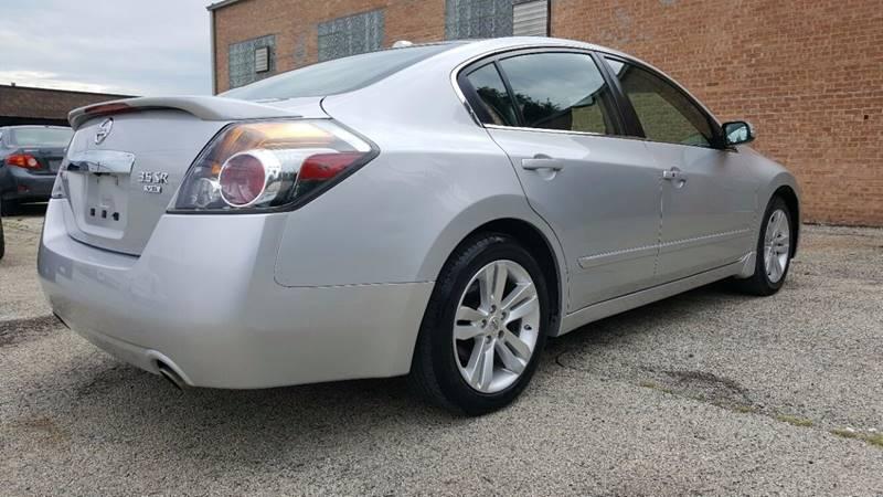 2011 Nissan Altima 3.5 SR 4dr Sedan - Villa Park IL
