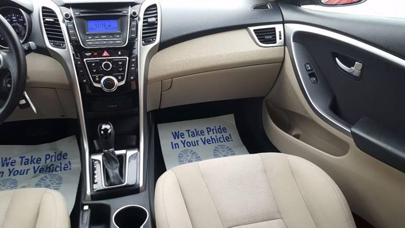 2013 Hyundai Elantra GT 4dr Hatchback - Villa Park IL