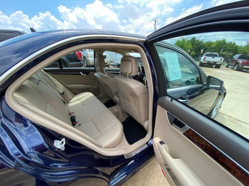 2013 Mercedes-Benz C-Class AWD C 300 Luxury 4MATIC 4dr Sedan - Houston TX