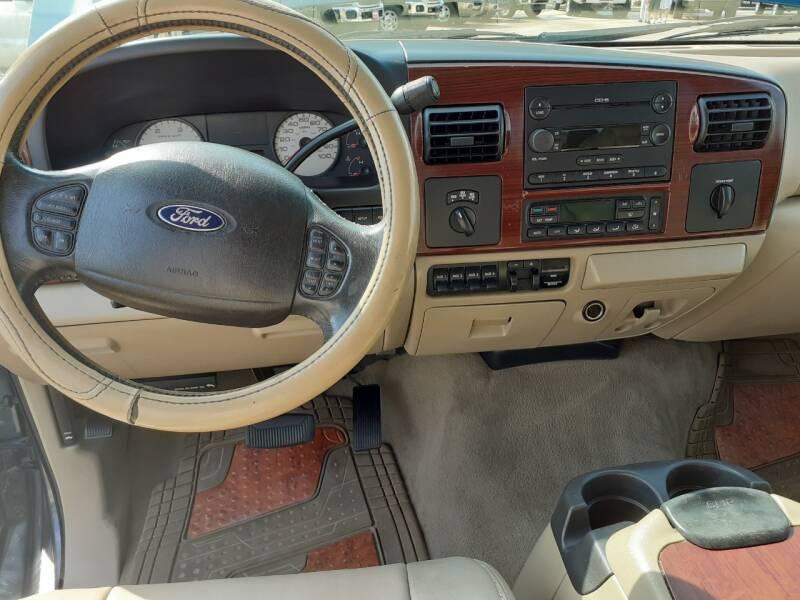 2005 Ford F-250 Super Duty 4dr Crew Cab Lariat 4WD SB - Houston TX