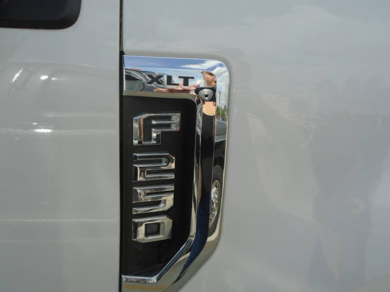 2019 Ford F-250 Super Duty 4x4 XLT 4dr Crew Cab 8 ft. LB Pickup - Houston TX