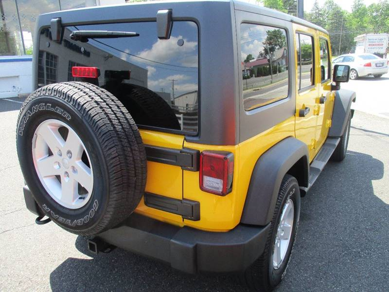2011 Jeep Wrangler Unlimited 4x4 Sport 4dr SUV - Gilbertsville PA