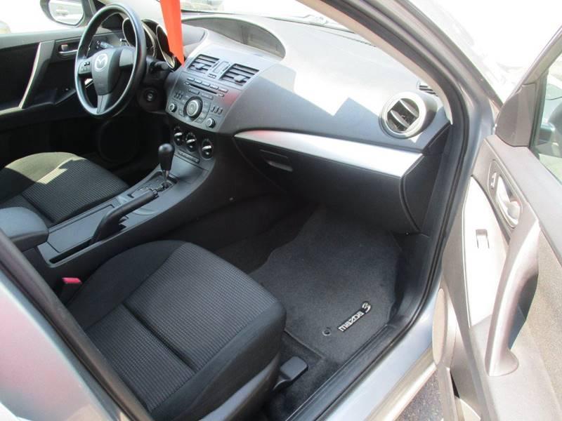 2012 Mazda MAZDA3 i Sport 4dr Sedan 5A - Gilbertsville PA