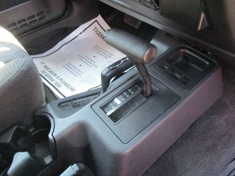 2004 Jeep Wrangler Sport 4WD 2dr SUV - Gilbertsville PA