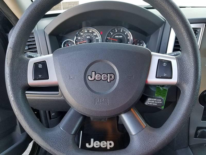 2008 Jeep Grand Cherokee 4x4 Laredo 4dr SUV - Gilbertsville PA