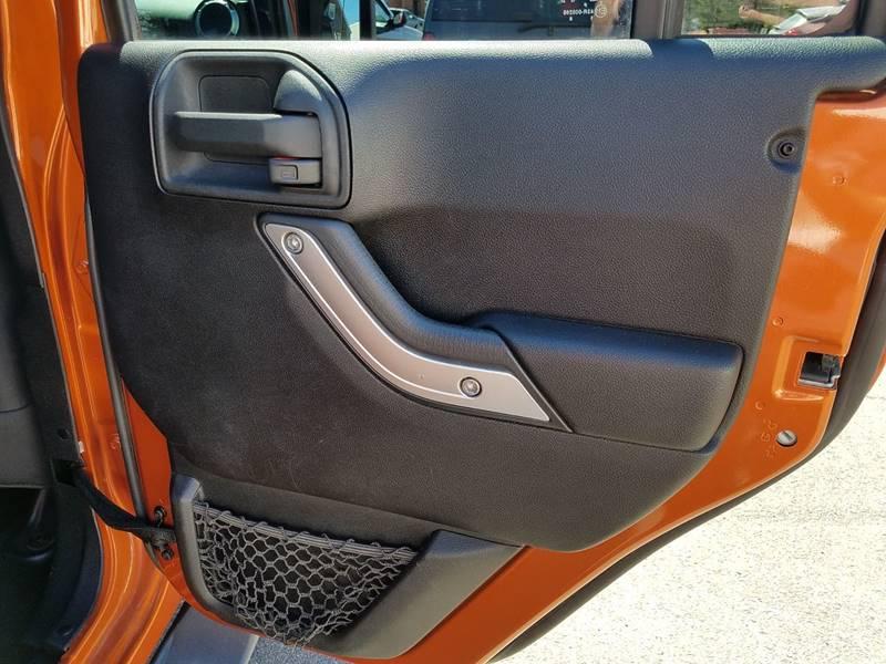 2011 Jeep Wrangler Unlimited 4x4 Sahara 4dr SUV - Gilbertsville PA