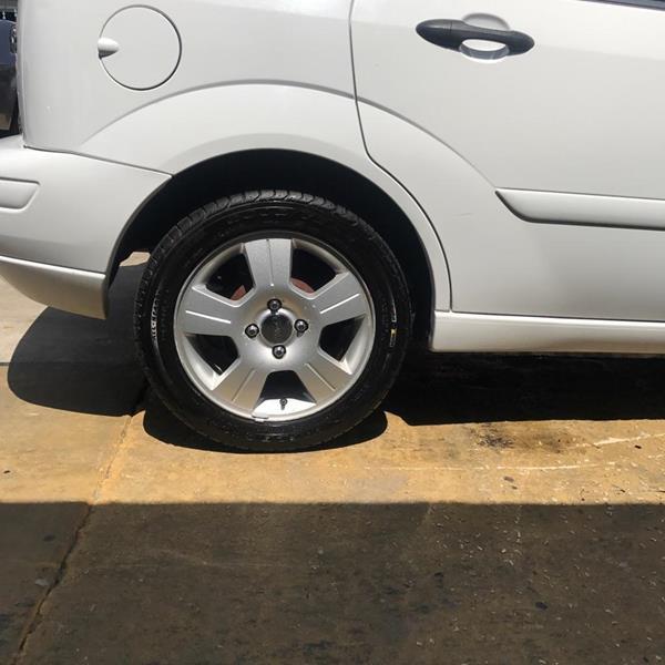 2003 Ford Focus ZX5 4dr Hatchback - Sanford FL