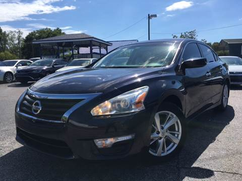 2014 Nissan Altima for sale at LUXURY AUTO MALL in Tampa FL