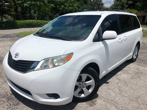 2011 Toyota Sienna for sale at LUXURY AUTO MALL in Tampa FL