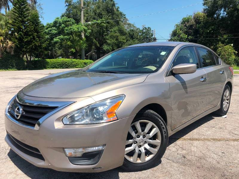 2013 Nissan Altima for sale at LUXURY AUTO MALL in Tampa FL