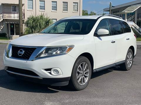 2013 Nissan Pathfinder for sale at LUXURY AUTO MALL in Tampa FL
