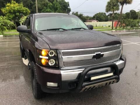 2008 Chevrolet Silverado 1500 for sale at LUXURY AUTO MALL in Tampa FL