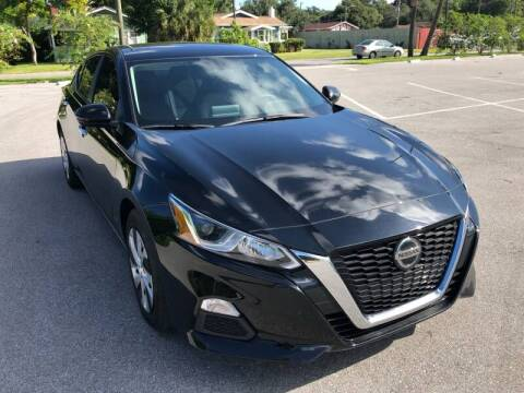 2020 Nissan Altima for sale at LUXURY AUTO MALL in Tampa FL