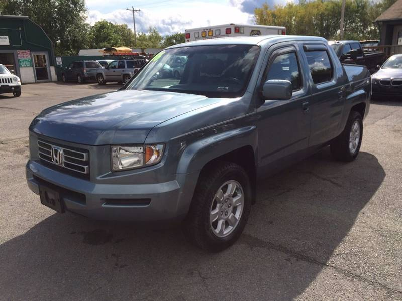 2006 Honda Ridgeline AWD RTL 4dr Crew Cab w/Moonroof and XM - Central Square NY