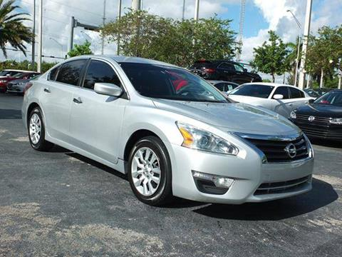 2014 Nissan Altima for sale in West Park, FL