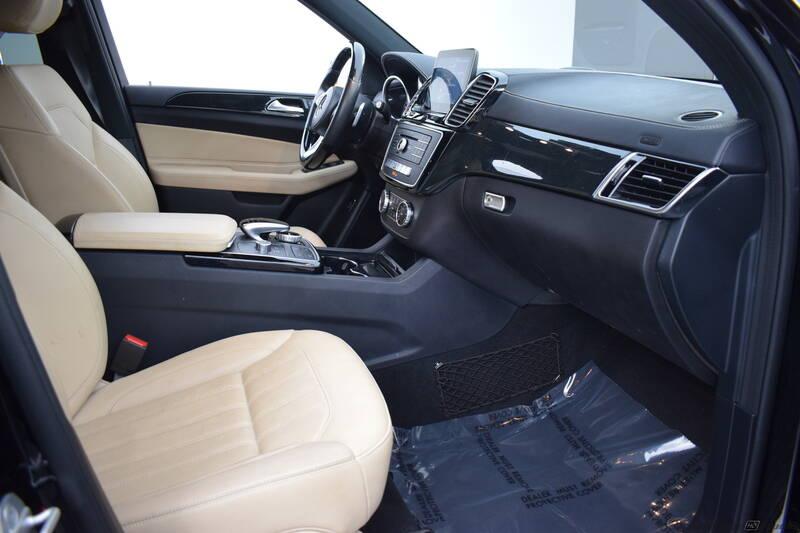 2017 Mercedes-Benz GLS GLS 450 (image 29)