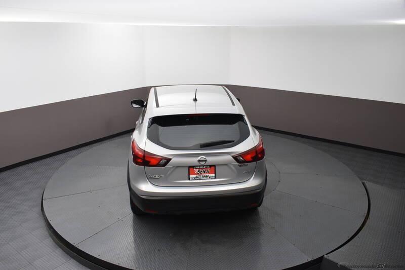 2019 Nissan Rogue Sport S (image 11)