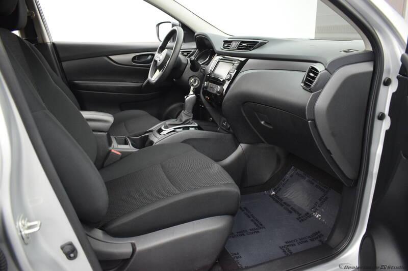 2019 Nissan Rogue Sport S (image 27)