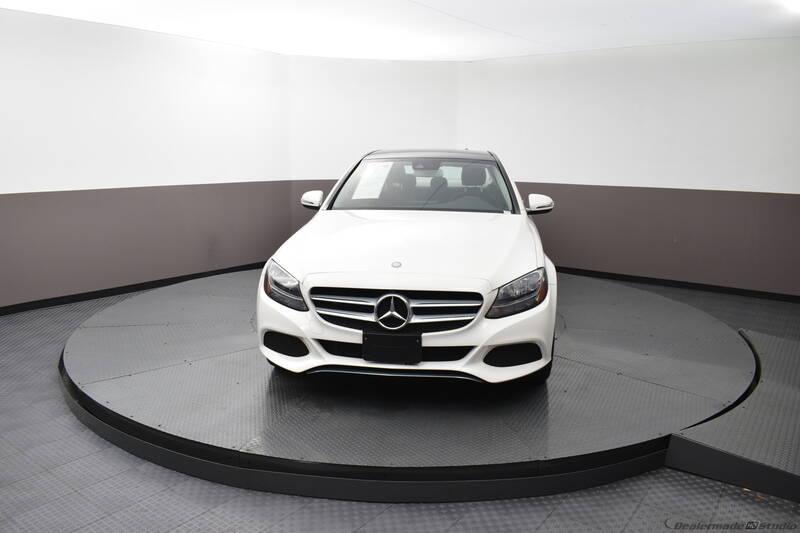 2016 Mercedes-Benz C-Class (image 7)