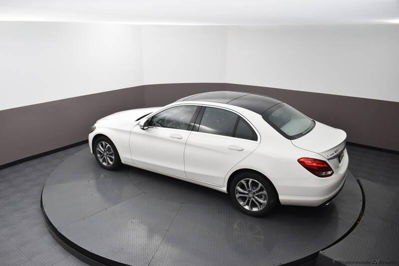 2016 Mercedes-Benz C-Class (image 9)