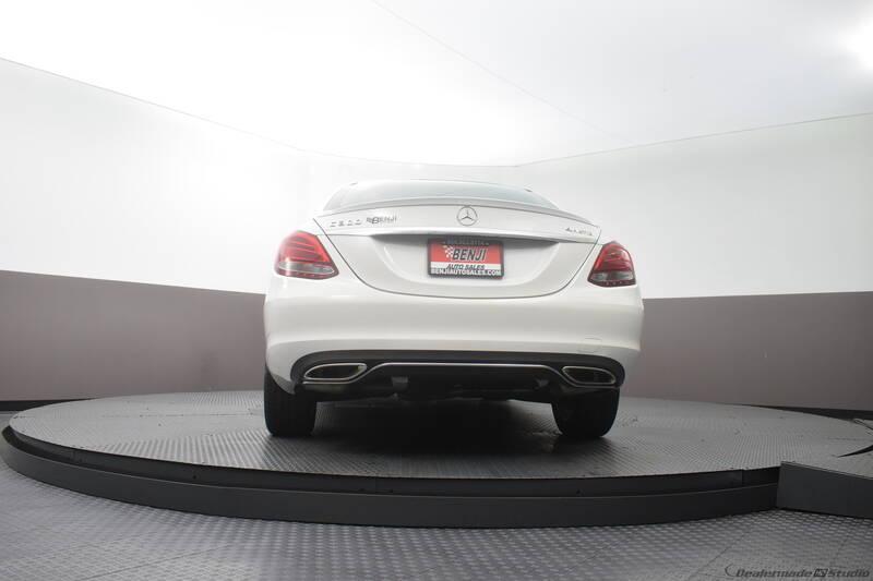 2016 Mercedes-Benz C-Class (image 17)