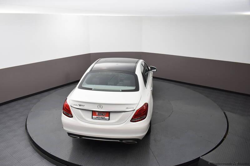 2016 Mercedes-Benz C-Class (image 10)