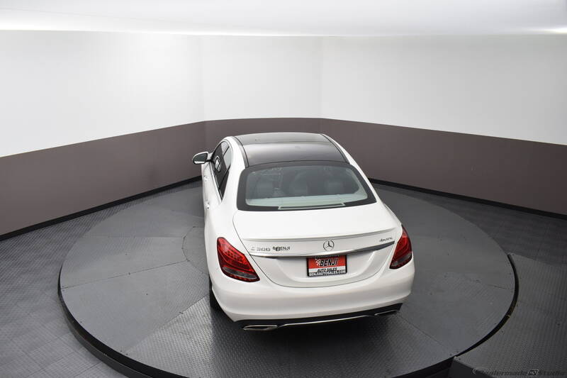 2016 Mercedes-Benz C-Class (image 11)
