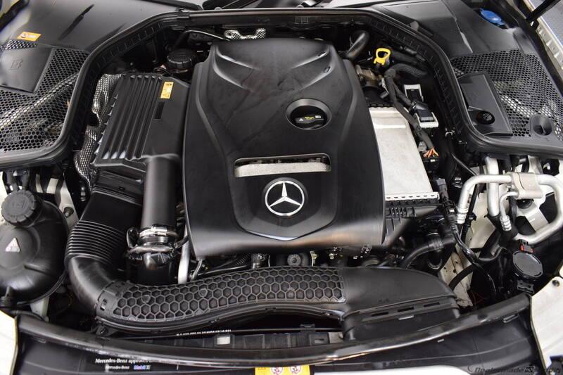 2016 Mercedes-Benz C-Class (image 28)