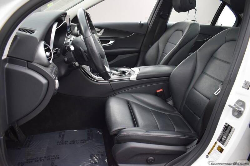 2016 Mercedes-Benz C-Class (image 21)