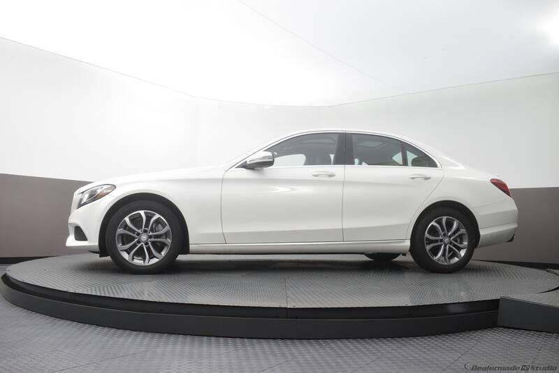 2016 Mercedes-Benz C-Class (image 16)