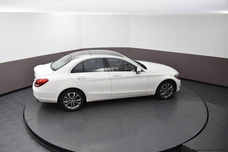 2016 Mercedes-Benz C-Class (image 12)